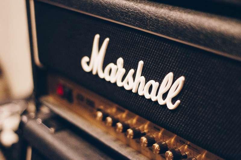 KemperならMarshallの太い歪みも、Fenderの枯れたサウンドも自由自在